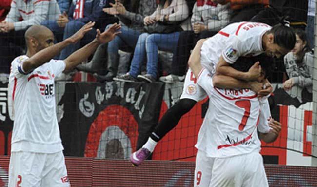 sevilla-zaragoza-celebracion-segundo-gol-sevillafc2