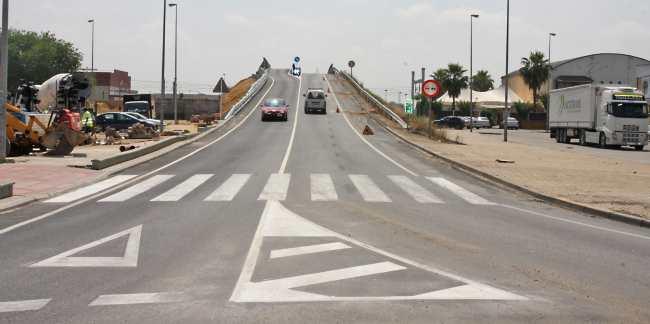 trafico-puente-canamo-la-rinconada-040511