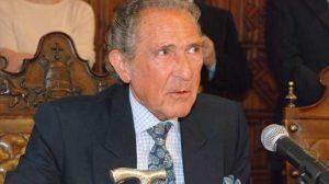 """El escritor Antonio Gala, de 74 años, ha hecho público que sufre un Cáncer """"difícil de extirpar""""./Foto de archivo"""