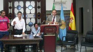 Toma de Posesión del candidato de IU como alcalde gracias al apoyo del PP el pasado mes de junio