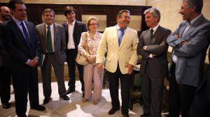 El de esta mañana ha sido el primer encuentro oficial entre el nuevo alcalde y la Junta Directiva del Betis/Fernando Ruso