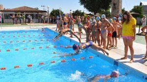 doce-horas-nadando-tomares-260811