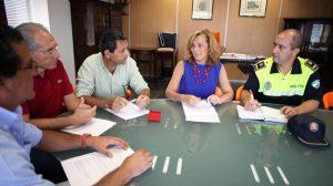 La delegada durante la reunión de trabajo del plan