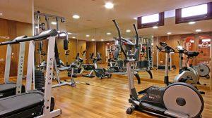 El precio varía hasta un 260% dependiendo del gimnasio en las 19 ciudades estudiadas