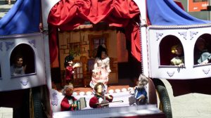 presentacion-sevilla-festival-titeres-cazalla-sierra-290811