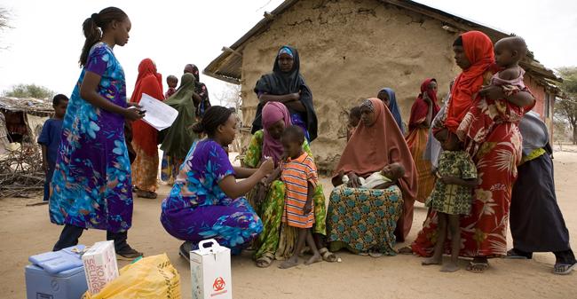 vacunacion-dadaab-270811-kenya2011siegfriedmodola-unicef