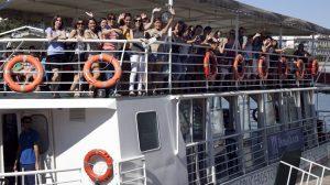 paseo-barco-estudiantes-erasmus-upo-120911
