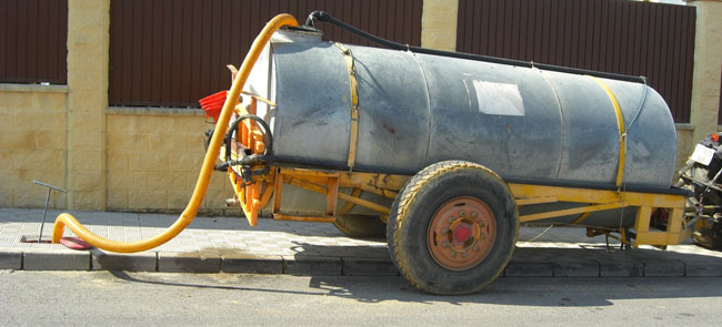 camion-aljarafesa-bomberos-gines-201011