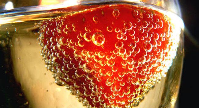 fresas-alcohol-john-wardell