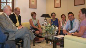 reunion-pp-dos-hermanas-parlamento-cierre-residencia-051011