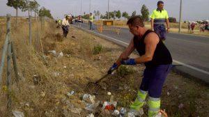 voluntarios-limpieza-carmona-241011