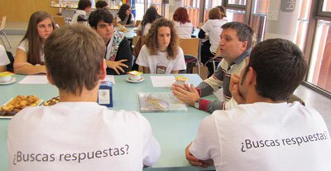 cafe-con-ciencia-colegio-andres-aguilera-071111