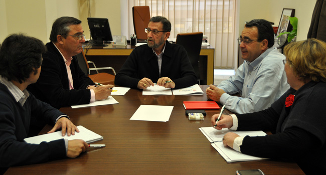manuel-gracia-sindicatos-ugt-ccoo-sevilla-290212