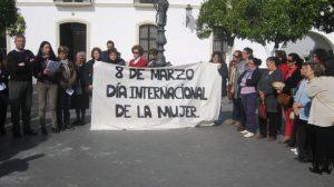 lectura-manifiesto-dia-mujer-olivares-080312