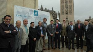 acto-homenaje-magallanes-sevilla-270412