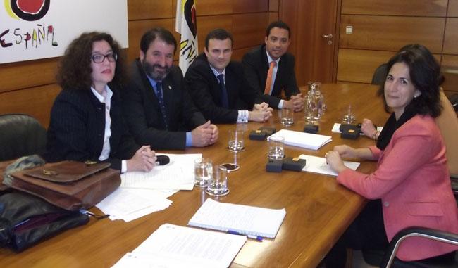 reunion-alcalde-secretaria-turismo-240412