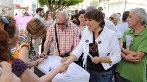 elena-cortes-firma-ilp-dacion-pago-sevilla-010612