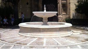 fuente-plaza-santa-isabel-240712