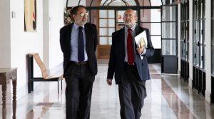gracia-pasillos-parlamento-020712