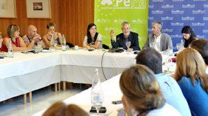 grinan-periodistas-parlamento-andalucia-140912