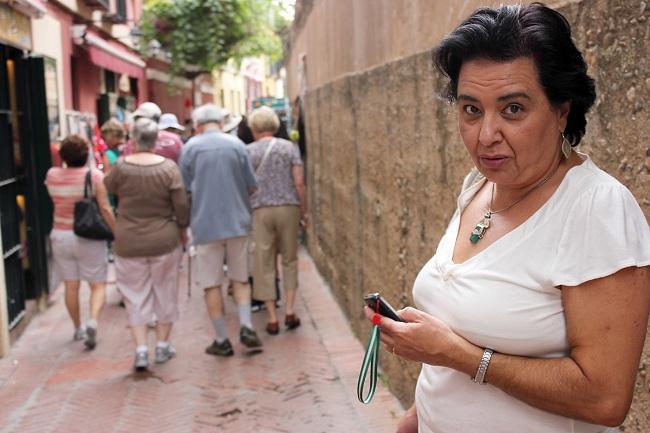 lola-davila-turistas-180912