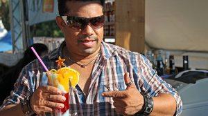 eddy-almonte-showtender-barman-festival-naciones-011012