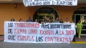 Protestas de los trabajadores de la RTL de Punta Umbría/Facebook 'Reubicados Encerrados RTL Punta Umbría'
