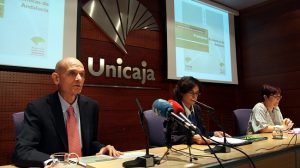 informe-previsiones-economicas-andalucia-151012