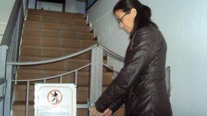La concejal Mónica Torres clausuró esta semana y por cuatro meses el Albergue de Peregrinos de Castilblanco / Sevilla Actualidad