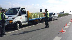 camion-butano-guardia-civil-261212