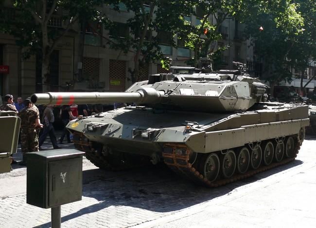 Santa Bárbara construye en Alcalá de Guadaíra los tanques Leopard./ Wikipedia