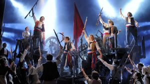 musical-los-miserables-barricadas