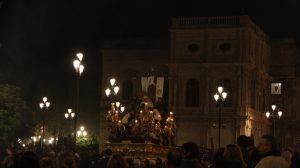 Mercedes Serrato recomienda el paso de La Mortaja el Sábado Santo de regreso a su templo / Juan Carlos Romero