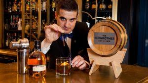 La receta del cóctel de Antonio Ojeda es whisky, vino Pedro Ximenez y licor casero de cacao./ Prensa The Glenrothes