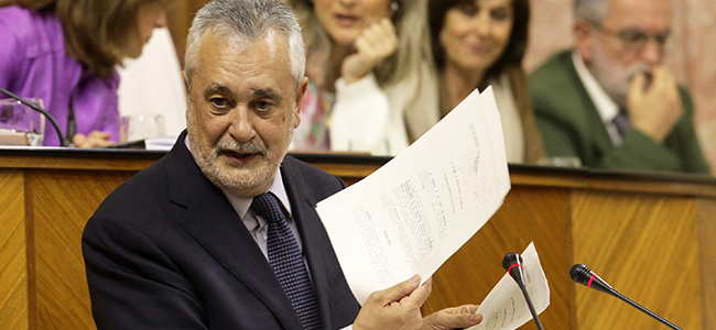 José Antonio Griñán ha comparecido ante el Pleno del Parlamento a petición propia/SA