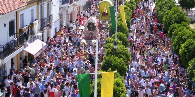 La salida de las hermandades sevillanas se concentrará entre el miércoles y el jueves / Sevilla Actualidad