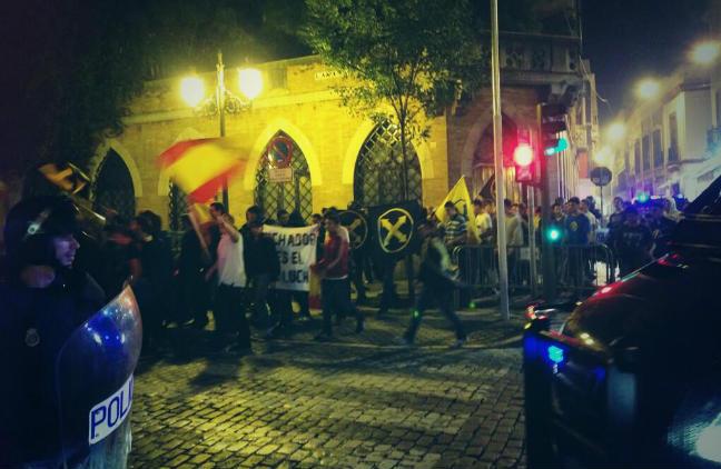 manifestacion-ultraderecha-respuesta-estudiantil- luuur-twitter