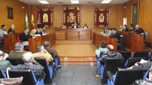 Pleno Los Palacios y Vfranca foto archivo