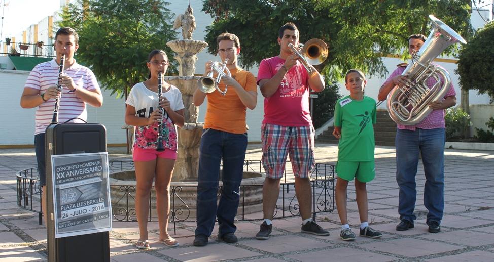 Componentes y ex componentes de la Banda Municipal de Castilblanco celebran este sábado el 20 Aniversario de la Música con un concierto en la plaza Luis Braille / Juan Carlos Romero