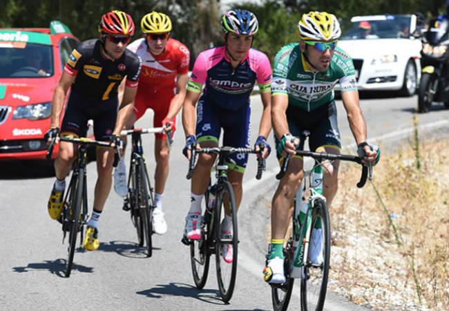 ciclistas-vuelta-14