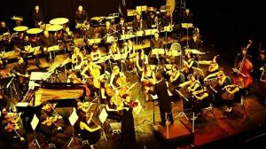 universal-sympo-orchestra