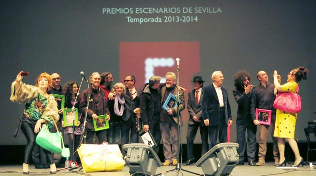 foto-familia-Premios-Escenarios---clausura-feSt-2015 Fran-Rolda769 n-C