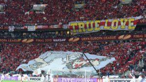aficion-estadio-final-sevilla-europa-league