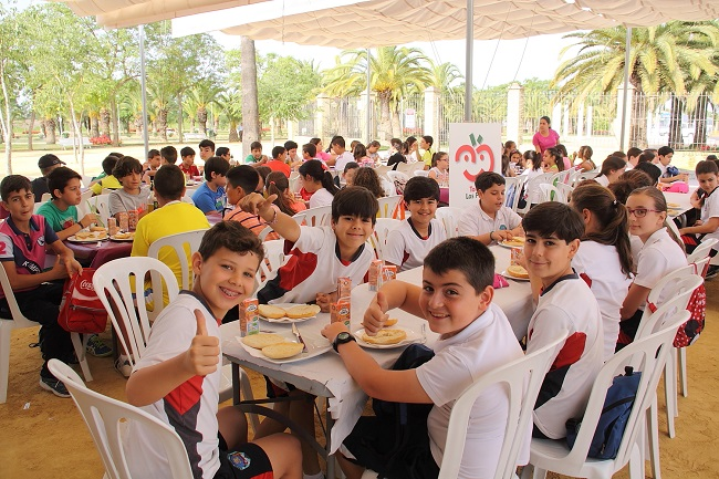 dia-tomate-escolares-palacios