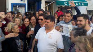 osuna-celebracion-2premio-2015-rosagarciacab-twitter