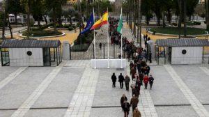 colas-entrada-parlamento-jornada-puertas-abiertas