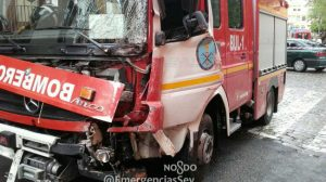 camion-bomberos-accidentado-mayo16-emergencias-sevilla