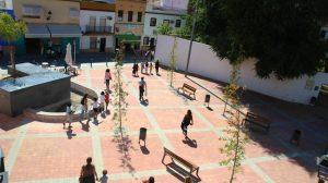 Nueva-plaza-en-la-confluencia-de-Plaza-Blas-Infante-y-calle-de-la-Fuente