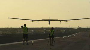 aterrizaje-solar-impulse-2-sevilla