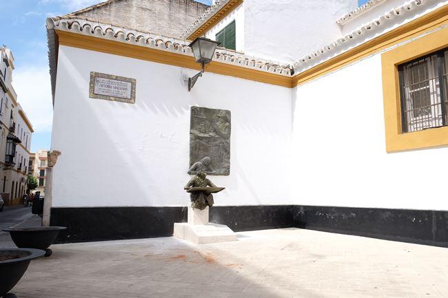 reparacion-monumento-machado